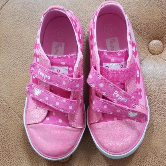 Shoes Peppa Pig Velcro Sneakers Sz 11 Poshmark